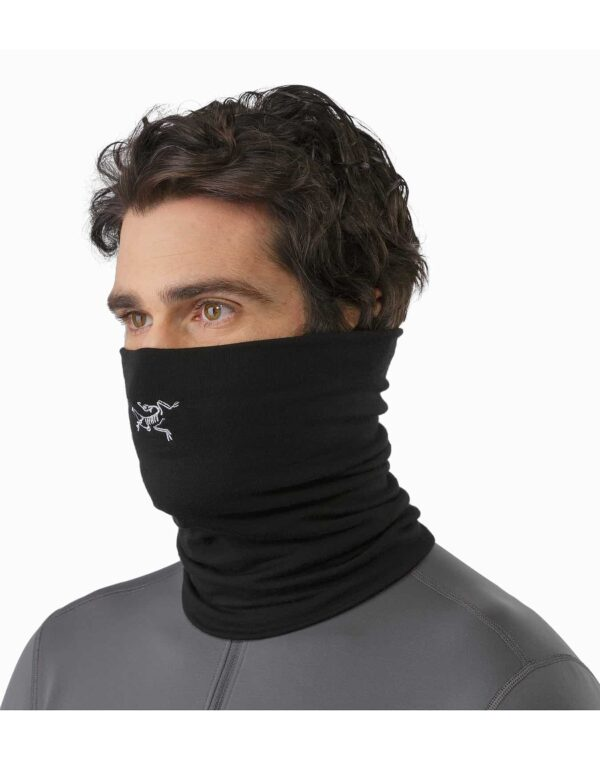 Rho-LTW-Neck-Gaiter-Black-Front-View